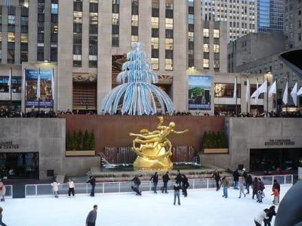 Eisbahn - Rockefeller Center Ice Skating Rink