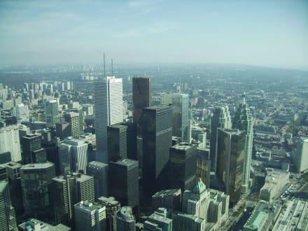 Vom CN Tower aus auf Toronto - CN Tower