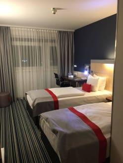 Zimmer - Hotel Holiday Inn Express München Messe