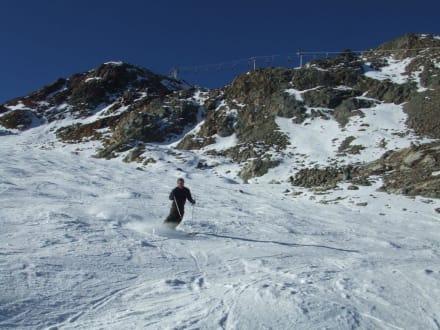 Am Freitag war es noch richtig schön leer - Skigebiet Stubaital