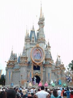 Cinderellas Schloss - Disney World - Magic Kingdom