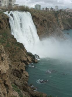 Antalya-Ausflug - Unterer Düden Wasserfall / Karpuzkaldiran Şelalesi