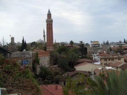 Antalya Altstadt - Yivli-Minare-Moschee