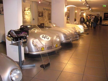 Historische Fahrzeuge - Porsche Museum