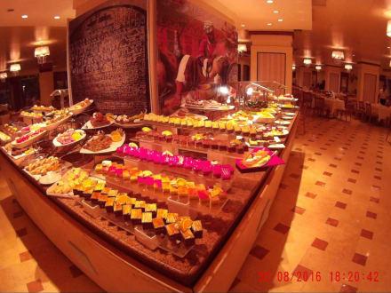 Restauracja i bufet - Amwaj Blue Beach Resort & Spa Abu Soma
