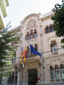 Parlament - Altstadt Palma de Mallorca