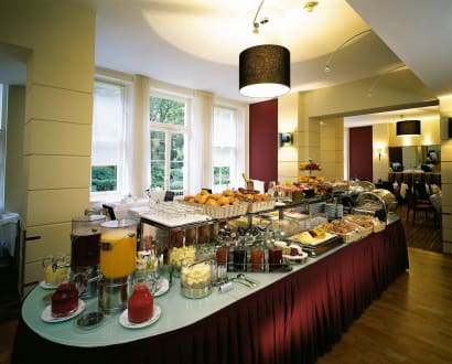 Breakfast Saloon -