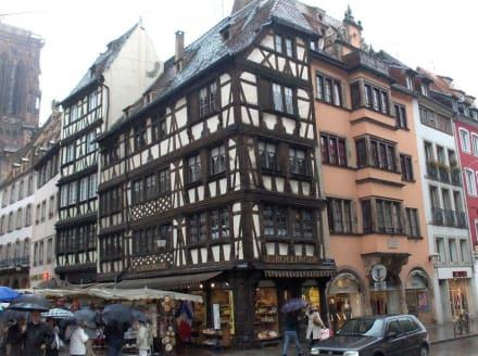 Wunderschöne Fachwerkhäuser in der Altstadt - Altstadt Straßburg