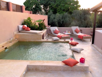 pool auf der dachterrasse bild hotel riad viva in marrakesch sonstiges marokko marokko. Black Bedroom Furniture Sets. Home Design Ideas