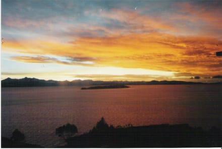 Sonnenaufgang über den Titicaca-See - Titicacasee