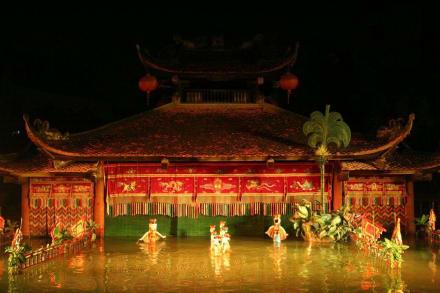 Traditionsreiches Spektakel: Wasserpuppentheater - Wasserpuppentheater
