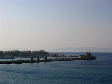 Hafen - Yachthafen Mandraki