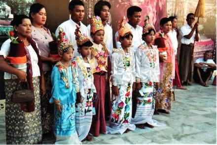 Novizenweihe - Shwedagon Pagode