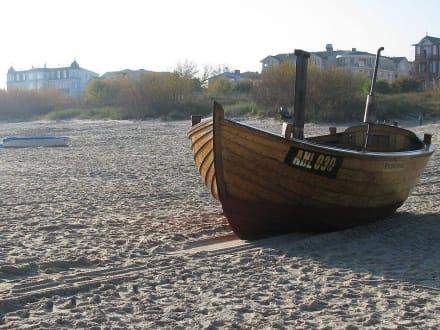 Ein Fischerboot  - Seebrücke Heringsdorf