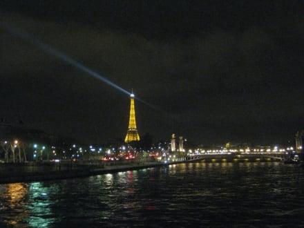 By night - Eiffelturm