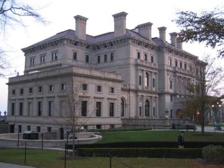 Vanderbilt Villa - Sommersitz der Vanderbuilds