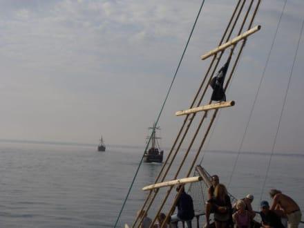 Piraten-Segelschiff - Piratenschifffahrt Midoun