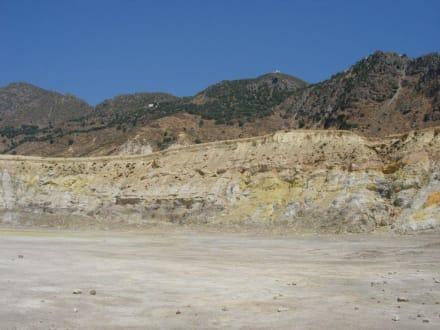 Im Inneren des Vulkans - Vulkankrater auf Nisyros
