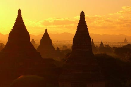 Bagan, die alte Königsstadt - Pagodenfeld / Tempelfeld