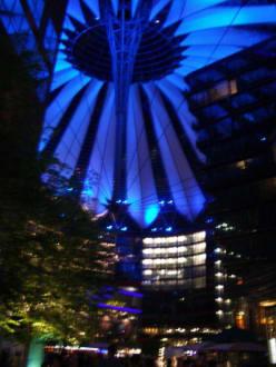 Und jetzt alles noch mal in Blau - Sony Center