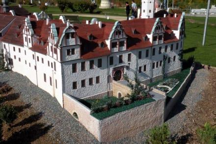 Modell an Modell - Miniaturwelt Lichtenstein