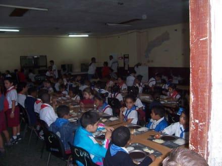 Schulspeisung - Altstadt Havanna
