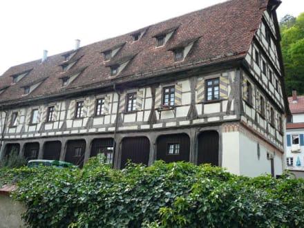 Benediktinerkloster Blaubeuren - Benediktinerkloster mit Klosterkirche