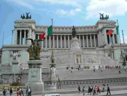 Monumento Nazionalee Vittorio Emanuele II. - Monumento Nazionale a Vittorio Emmanuele II