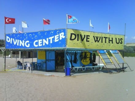 Tauchschule - Tauchbasis Diving Center Side