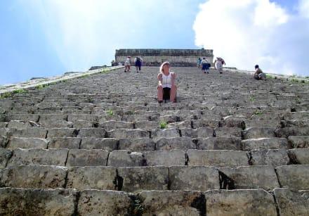 Castillo de Chitzen Itza 02 - Ruine Chichén Itzá