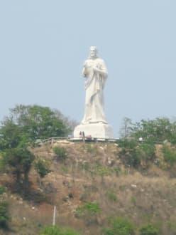 Christus-Statue am Hafen Havannas - Christus-Statue