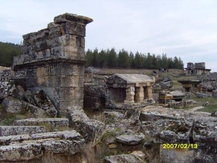 Die Nekropole! - Hierapolis