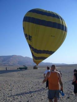 Viertel Stunde später neuer Platz - Ballonfahrt Luxor