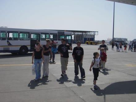 Rückflug/Flughafen Hurghada - Flughafen Hurghada (HRG)