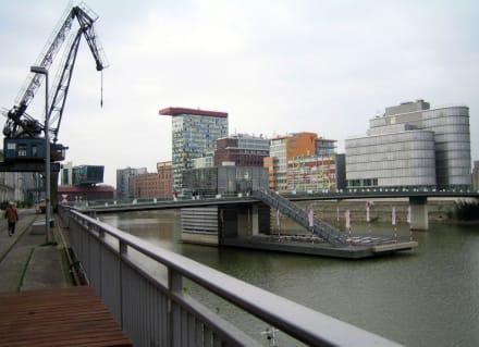 Am Hafen - MedienHafen Düsseldorf