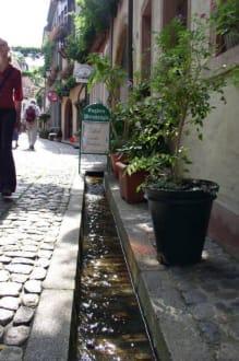 Straßenbächle - Fußgängerzone Freiburg