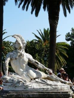 Der sterbende Achilles - Schloss Achilleion