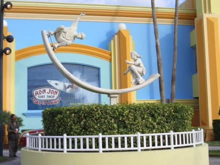 Ron Jon Surf Shop - Ron Jon Surf Shop