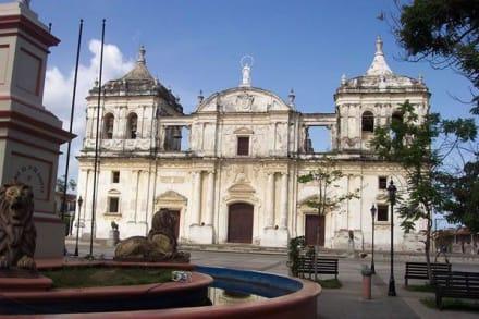 Tempel/Kirche/Grabmal - Kathedrale von León