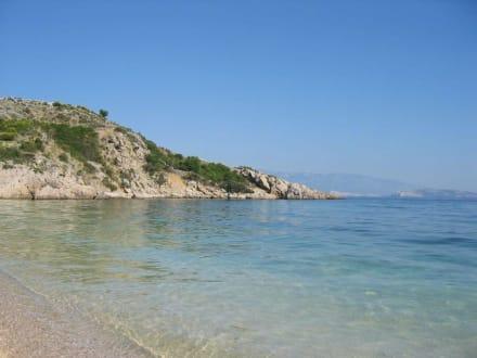 Küste bei Stara Baska - Strand Stara Baška