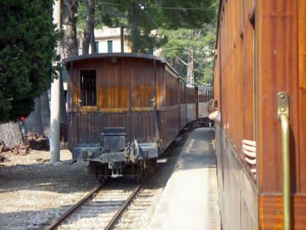 Rückfahrt - Zug Tren de Sóller 'Roter Blitz'