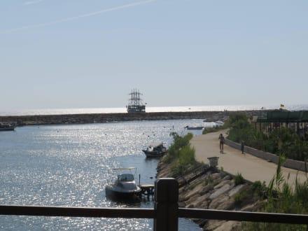 Piratenschiff - Hafen Evrenseki