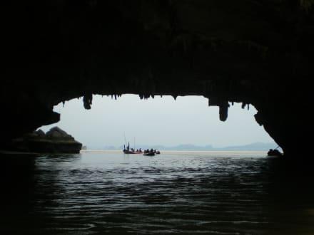 Aus der Grotte raus - Sea Canoe Phang Nga