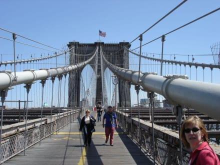 Brooklyn Bridge 2 - Brooklyn Bridge