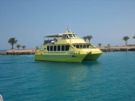 Ausflug mit dem Panoramaboot - Bootstour Sea World Panorama Boat Hurghada