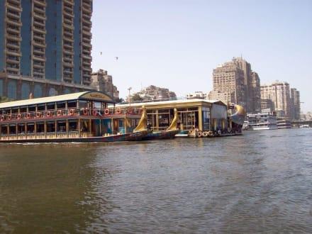 Restaurantschiff - Bootstour auf dem Nil