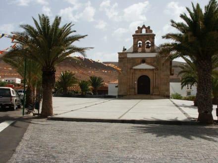 Kirche von Vega de Rio Palma - Wallfahrtskirche Nuestra Señora de la Peña