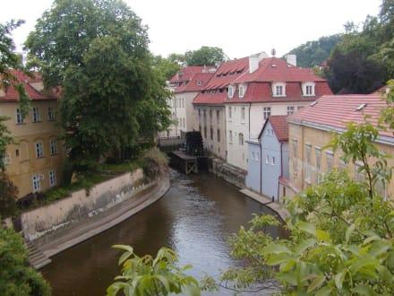Altertümliche  Wassermühle - Mittelalterliche Wassermühle