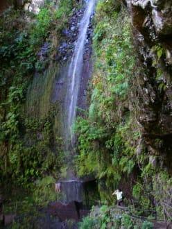 Levada da Janela Wasserfall - Levada da Ribeira da Janela