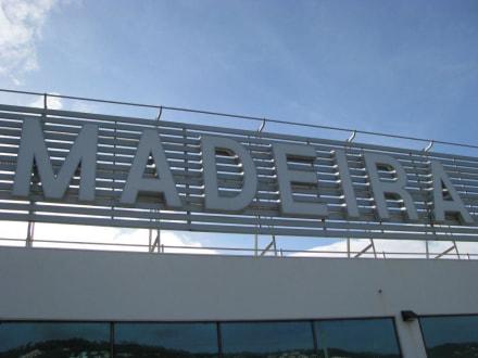 Flughafen - Flughafen Madeira (FNC)